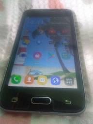 Samsung J1 6 sem trinco sem arranhão  e sem defeito todo bom .