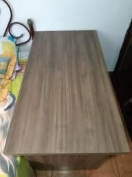 Escrivaninha / mesa de estudos
