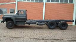 Ford F600 militar ano 1977
