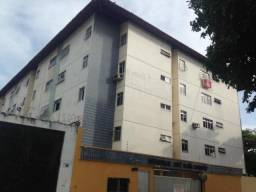 Apartamento com 2 dormitórios à venda, 71 m² por R$ 165.000,00 - Damas - Fortaleza/CE