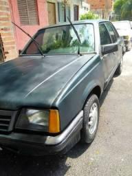 Carro monza 2.0 - 1989