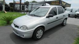 Corsa Sedan Classic - 2001