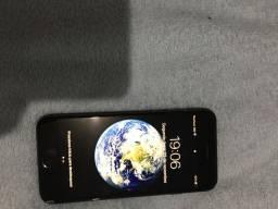 IPhone 8 64 gigas. Tudo funcionando.