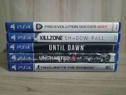 5 jogos de Playstation 4 R$200,00 . Só vendas