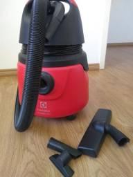 Aspirador de pó e água Eletrolux GT 2000 pró