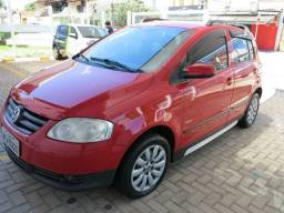 Volkswagen Fox 1.0 Trend Vermelho 2010