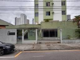 Edifício Genova- Umarizal, apto 4 quartos sendo 2 suítes, R$ 2.600 / *