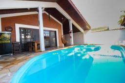 Título do anúncio: Oportunidade única! Casa térrea com piscina a 90 metros da praia - Peruíbe - SP