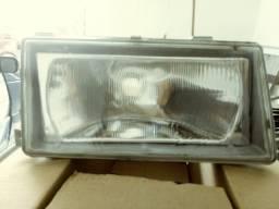 Farol de vidro do Fiat uno ano 96