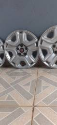 Título do anúncio: Carlota Fiat 5 furo roda 14