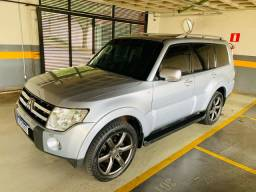 PAJERO FULL HPE 3.8 7 lugares impecável!