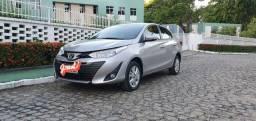 Toyota Yaris sedan 1.5 19/19 AUT. 14.800 km IMPECÁVEL!