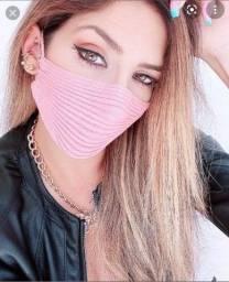 Máscara blogueira tricô