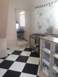 Apartamento dois quartos independente na rua posto Shell estrada do Campinho/Campo Grande