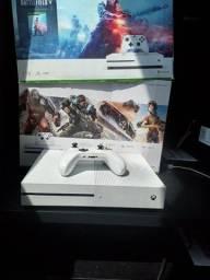 Título do anúncio: X Box ONE S semi novo troca por PS4 SLIN