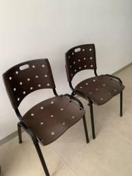 Vende-se duas cadeiras de escritório