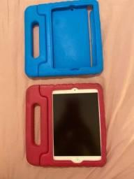 Título do anúncio: iPad mini - A1432 - com 2 capinhas inclusas