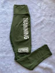 Título do anúncio: calça trainning verde para malhar NOVA