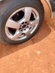Título do anúncio: Roda aro 15 pneu meia vida pego outras Mais volta aceito cartao