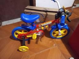 Bicicleta para crianca