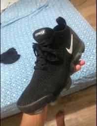 Tênis Nike vapormax n 40