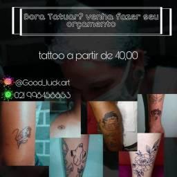 Trocas por tatuagem.