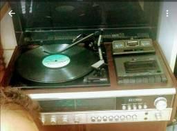 Toca disco Telefunken 325 relíquia
