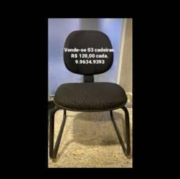 03 cadeiras R$ 120 cada.