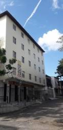 Alugo Excelente Apartamento de 02 Quartos no Bairro do Antônio Bezerra.