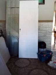 Estou vendendo uma porta