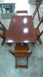 Conjunto de mesa dobrável
