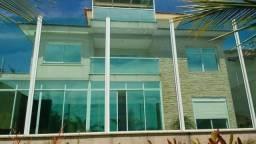 Mansão triplex 4 Qts, 4 Vg, 550 m² de frente para o mar de Interlagos