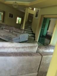 Alugo belíssima casa no Greenville II semi mobiliada 5.000