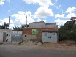Casa Residencial para aluguel, 3 quartos, 1 vaga, Santos Dumont - Divinópolis/MG