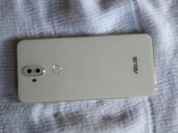 Asus Zfone 5 selfie