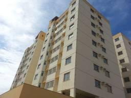 Apartamento dois quartos com varanda