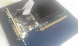 Troc o placa GeForce 8400GS 1gb ddr3