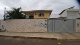 Sobrado com 5 quartos à venda, 224 m² por R$ 1.200.000 - Santa Genoveva - Goiânia/GO