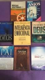 Vendo estes livros.Retirar no local
