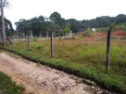 Terreno Plano próximo a igreja do Roseira em Colombo
