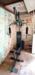 Estação de musculação com 80kg WCT