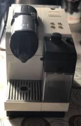 (PARCELO) Cafeteira Nespresso Latíssima