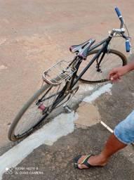 Vendo essa bicicleta relíquia