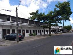 Kitnet com garagem no bairro São Gerardo