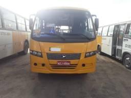 Vendo micro ônibus urbano
