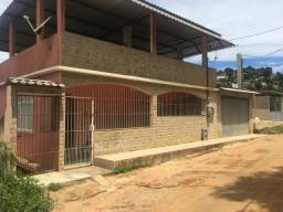 Casa com terraco duas kit net + terreno