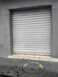 Porta de aço disponível em Angra