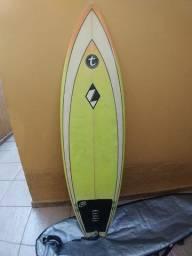 Prancha Zampol 6'2 com quilha + deck + lesh + capa