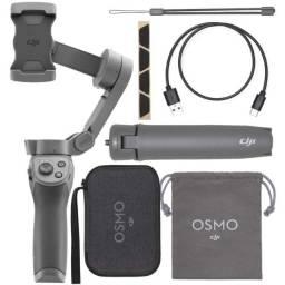 Estabilizador Gimbal DJI Osmo Mobile 3 Combo completo