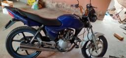 Moto titan 150